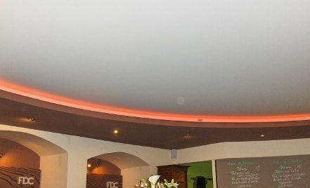 Plafond tendu acoustique restaurant